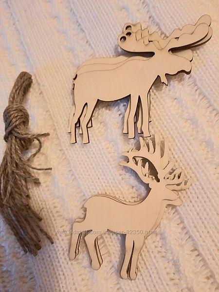 елки, бусинки, искуств. лед, блестки, и другое для декора