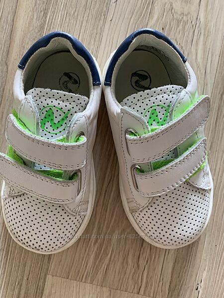 Кожаные итальянские кроссовочки на первые шаги