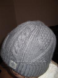 Стильная теплая шапка Columbia, новая.