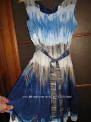 Шикарное платье Benneton, отличное состояние