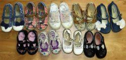 много фирменной демисезонной обуви на девочку 13-17 см