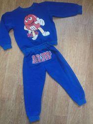 Красивый модный костюм M&M&acutes на мальчика 3-4 года