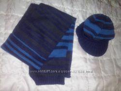 Комплект шапочка шарф.