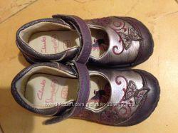 Красивые туфельки Clarks 7F 15 см