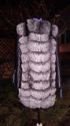Жилет - куртка трансформер  из натурального меха чернобурки.