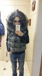 Куртка с натуральным мехом чернобурки.