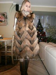 Жилет из меха финского енота.