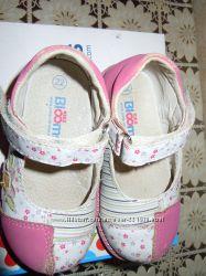 Туфли на девочку blooms