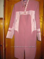 Нежное красивое пальто на весну размер 46