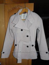продам демизезонное пальто
