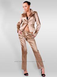 Женский брючный костюм Miss Miss Италия.