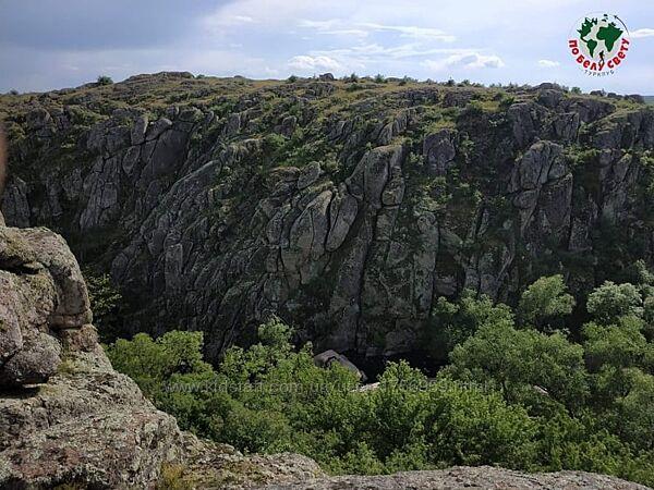 Экскурсионная поездка в Актовский каньон и Николаев 18-19.09