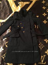 Шикарнейшее очень модное  брендовое пальто в стиле CHANEL