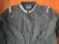 Фирменная курточка -ветровка DSQUARED  по старому курсу осталась одна