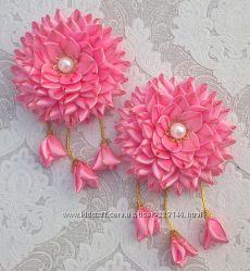 Цветок канзаши с подвесками