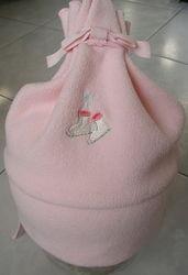 Нежные шапочки для девчушки 0-6 мес. , великолепное сост. , большемерят