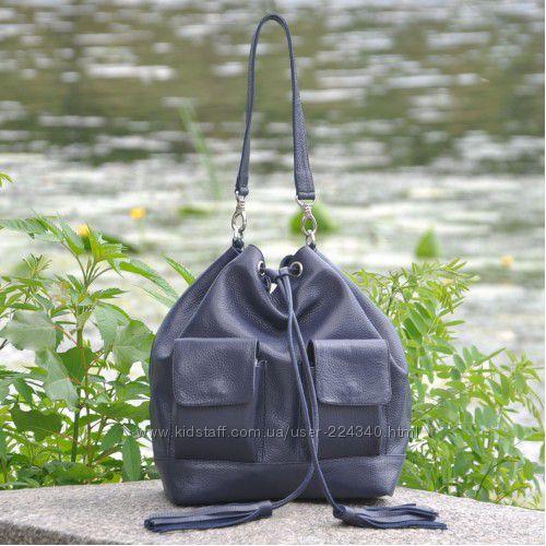 Кожаная сумка мешок с кистями разные цвета