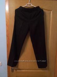 Черные школьные брюки Marks&Spenser, 15-16 лет сзади резинка