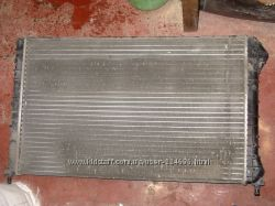 Радиатор двигателя Fiat Doblo2012г, ОРИГИНАЛ, бу, фиат добло
