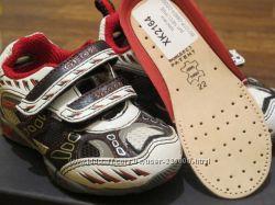 продам  кроссовки GEOX р22