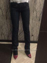 супер стройнящие джинсы Benetton