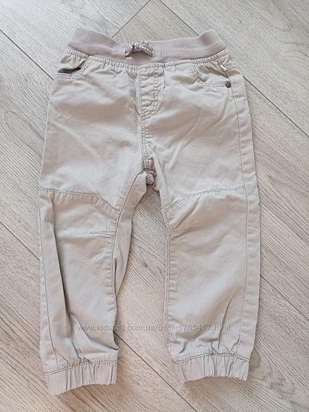 Стильные штаны джоггеры французского бренда