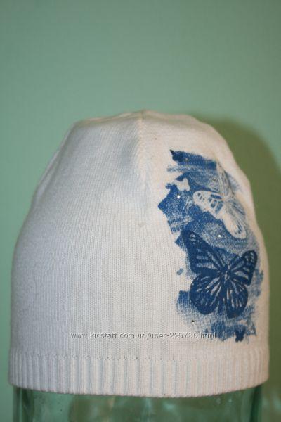 красивая шапка с бабочками и стразами