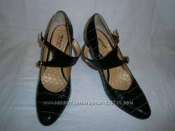 лакированные туфли Queen for ellenka 40 размера