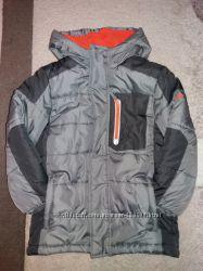 Продам новую зимнюю курточку OSHKOSH