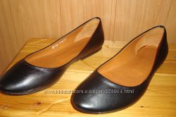 Продам новые кожаные балетки  PASSIO