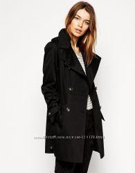 Демисезонное двубортное пальто прямого кроя