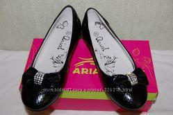 Распродажа новые туфли Arial для школьниц