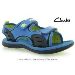 Акция Новые босоножки сандалии Clarks Doodles Piranha р. 5, 5 наш  р. 22