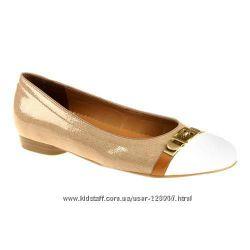 Распродажа новые качественные лаковые туфли Ara р. 38