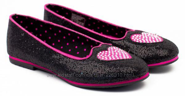 Распродажа. Новые текстильные туфли Skechers р. 35 две модели
