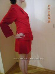Расспродажа гардероба. Шикарный костюм шитый на заказ 38 размер 8