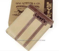 �������� ������� Levi Strauss, ���� � �������