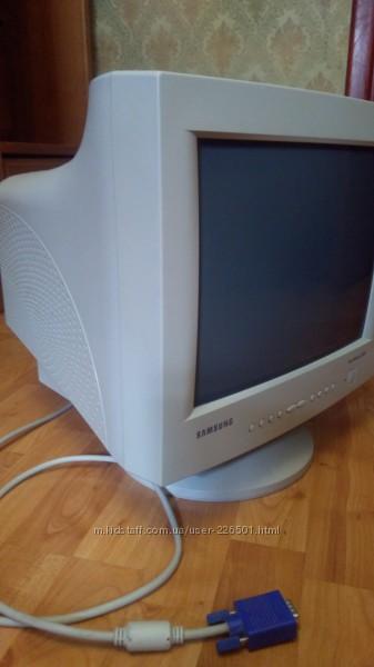 Монітор Samsung SyncMaster 550s, клавіатура з мишкою