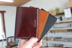 Кожаная обложка на паспорт Travelbook