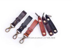 Кожаный ключной ремешок с кольцом Travelbook