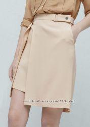 Стильная фирменная пудровая юбка Mango