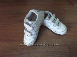 Кроссовки Nike оригинал на девочку.  Размер 25, 5.