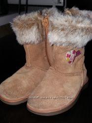 Фирменные замшевые ботиночки Clarks 20 р