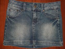 Классная юбка джинс BENETTON  на 7-11 лет