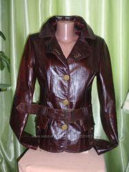 продам кожаную курточку