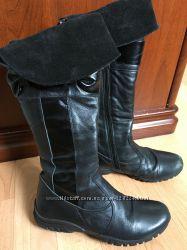 Красивые кожаные сапоги для девочки
