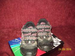 Продам ботинки на мальчика Bamatex