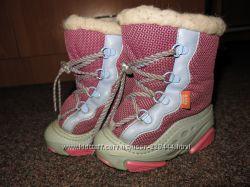 продам фирменную обувь 22 р-ра в идеальном состоянии на все сезоны