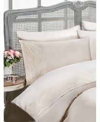 Нежное однотонное постельное белье с кружевом  Gelin home Турция