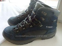 Ботинки Lowa с системой Gore-Tex 39р.